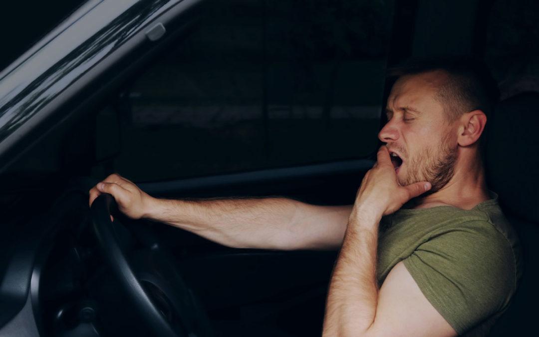 """Driver Fatigue: A """"Leading Factor"""" in 18-Wheeler Crashes"""